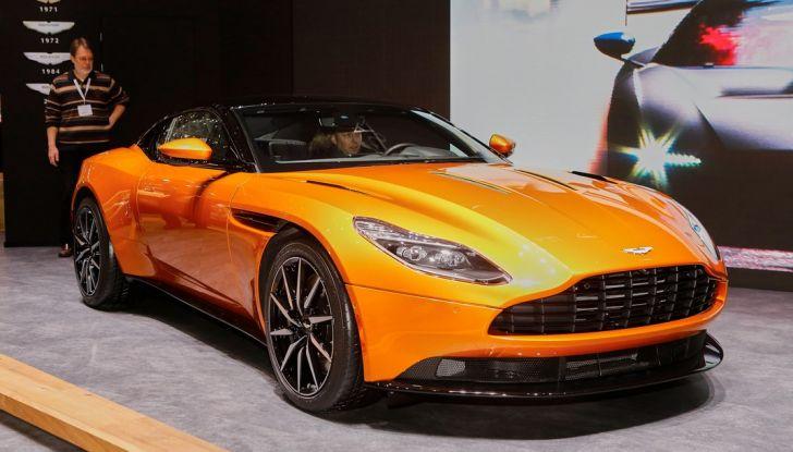 Aston Martin DB11 al Salone di Ginevra - Foto 1 di 30