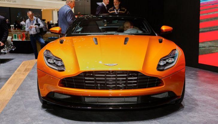 Aston Martin DB11 al Salone di Ginevra - Foto 2 di 30