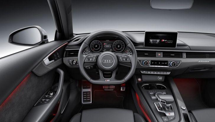 Audi A4 Vodafone postazione guida