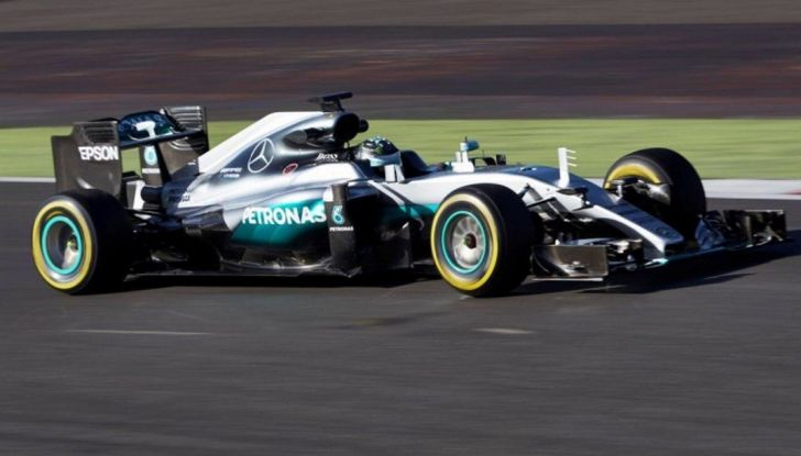 F1 2016, GP del Giappone: trionfa Rosberg, Mercedes vince il Mondiale Costruttori - Foto 3 di 12