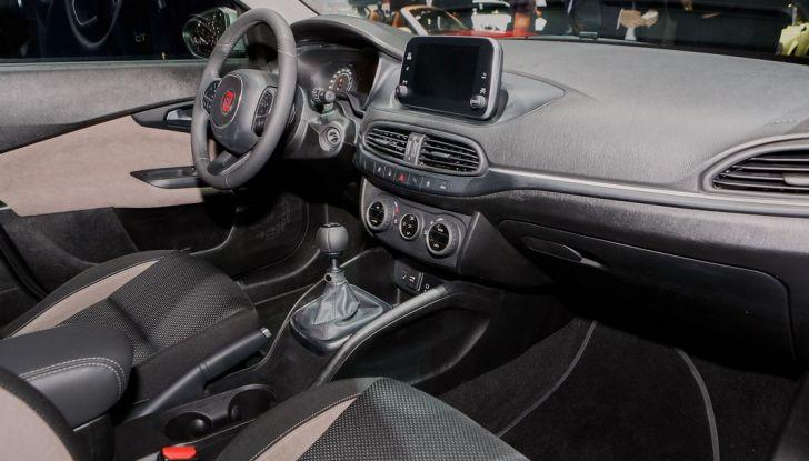 Fiat Tipo SW presentazione al Salone di Ginevra, interno.