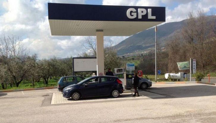 Auto a GPL e metano: i pro e i contro delle alimentazioni ecologiche - Foto 1 di 12