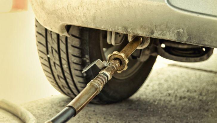 Tutti i vantaggi dell'auto a metano nel 2019 - Foto 11 di 24