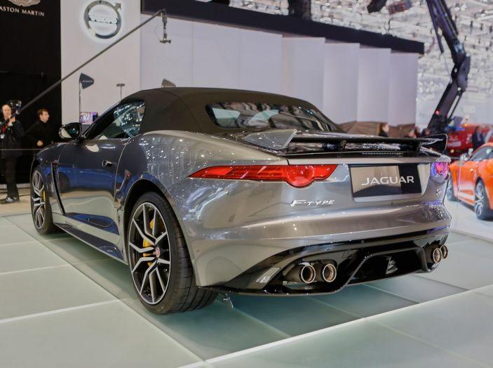 Jaguar F-Type SVR ad Auto e Moto d'Epoca 2016 - Foto 6 di 19