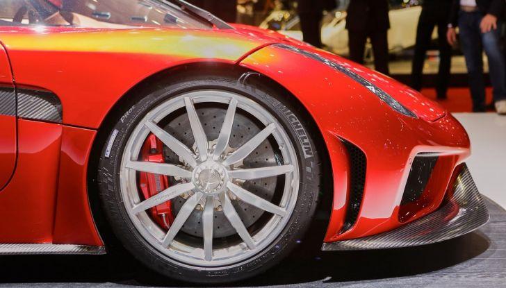 Koenigsegg Regera, sportiva estrema da 1.500 cavalli - Foto 17 di 24