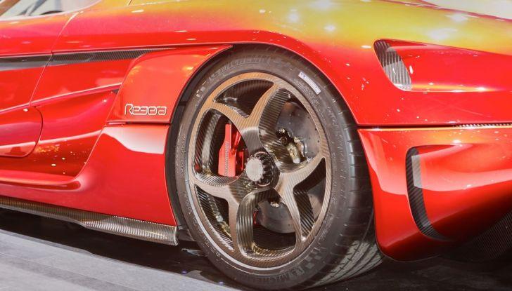 Koenigsegg Regera, sportiva estrema da 1.500 cavalli - Foto 10 di 24