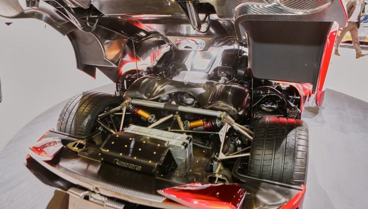 Koenigsegg Regera, sportiva estrema da 1.500 cavalli - Foto 6 di 24