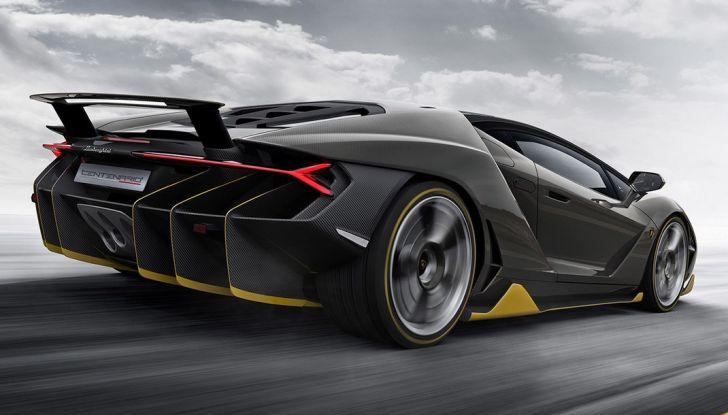 La prima Lamborghini ibrida ha un motore V12 - Foto 11 di 11