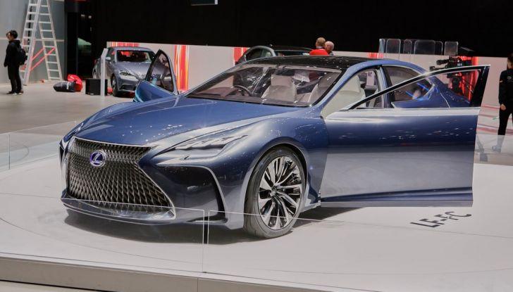 Lexus LF-FC live ginevra 2016