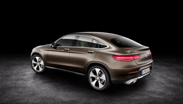 Mercedes GLC coupè debutta al salone di New York - Foto 19 di 22