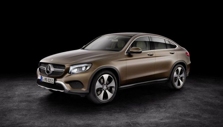 Mercedes GLC coupè debutta al salone di New York - Foto 20 di 22