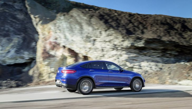 Mercedes GLC coupè debutta al salone di New York - Foto 2 di 22
