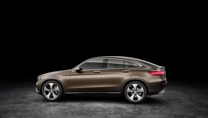 Mercedes GLC coupè debutta al salone di New York - Foto 21 di 22