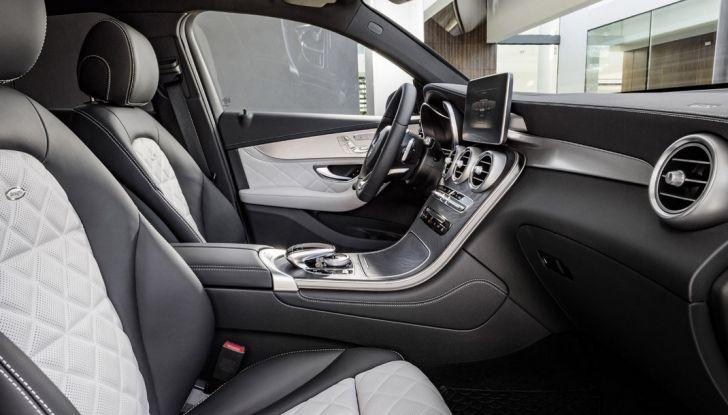 Mercedes GLC coupè debutta al salone di New York - Foto 22 di 22