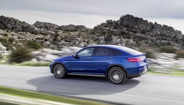 Mercedes GLC coupè debutta al salone di New York - Foto 8 di 22
