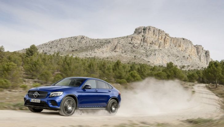 Mercedes GLC coupè debutta al salone di New York - Foto 9 di 22