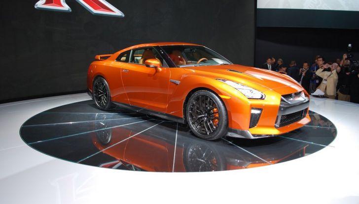 Nuova Nissan GT-R debutta al Salone di New York 2016 - Foto 3 di 10