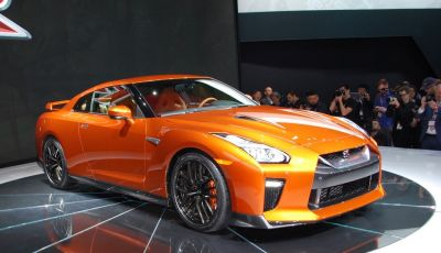 Nuova Nissan GT-R debutta al Salone di New York 2016