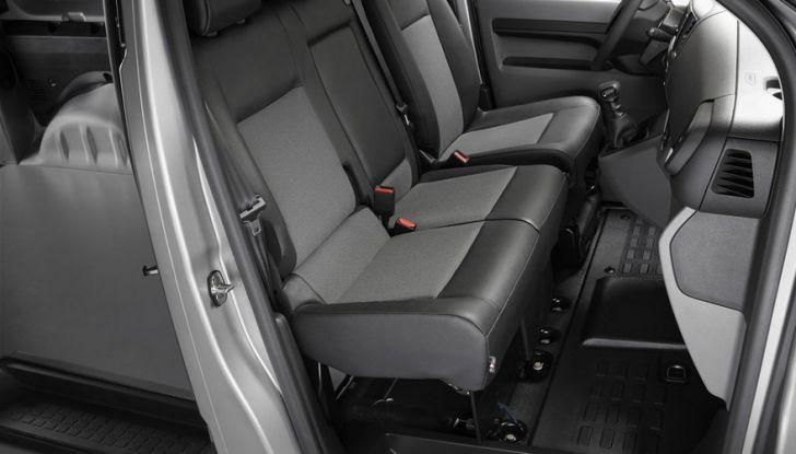 Nuovo Peugeot Expert, il marchio del Leone torna nel mercato dei veicoli commerciali - Foto 12 di 20