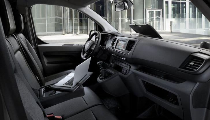 Nuovo Peugeot Expert, il marchio del Leone torna nel mercato dei veicoli commerciali - Foto 17 di 20