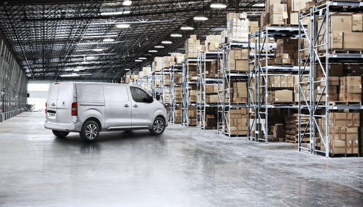 Nuovo Peugeot Expert, il marchio del Leone torna nel mercato dei veicoli commerciali - Foto 4 di 20