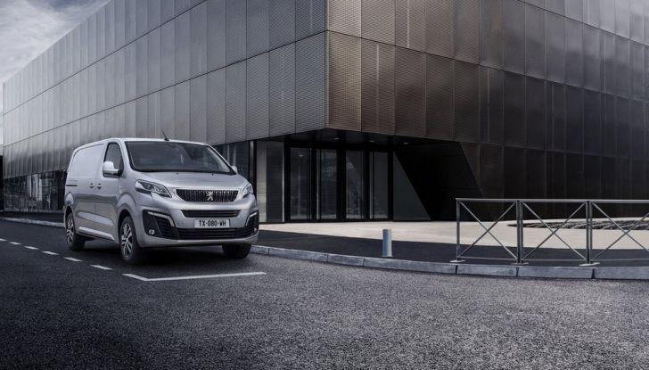 Nuovo Peugeot Expert, il marchio del Leone torna nel mercato dei veicoli commerciali - Foto 6 di 20