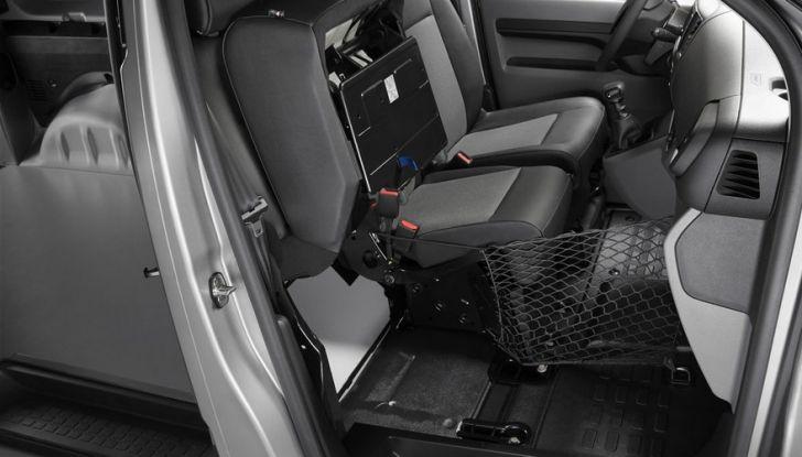 Nuovo Peugeot Expert, il marchio del Leone torna nel mercato dei veicoli commerciali - Foto 8 di 20