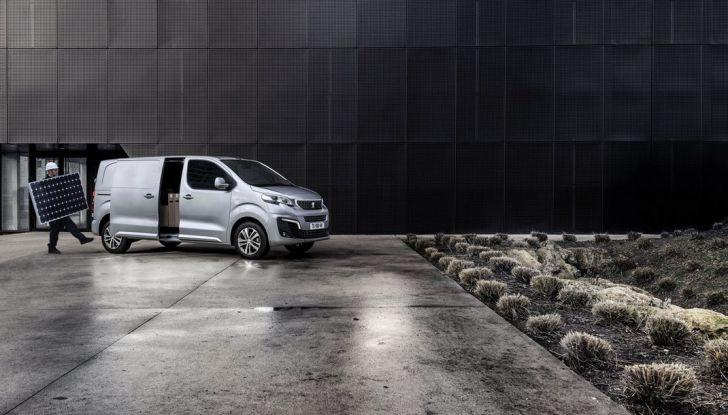 Nuovo Peugeot Expert, il marchio del Leone torna nel mercato dei veicoli commerciali - Foto 9 di 20