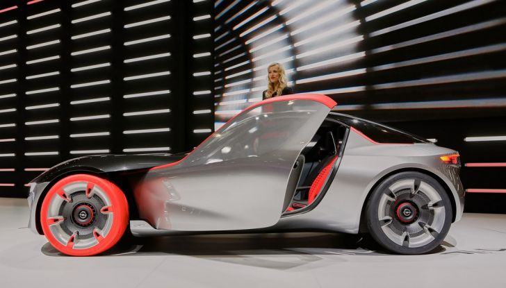 Opel GT Concept live ginevra 2016