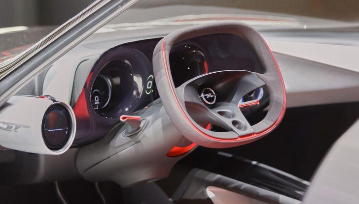 Opel GT Concept: a Ginevra la sportiva del futuro - Foto 17 di 20