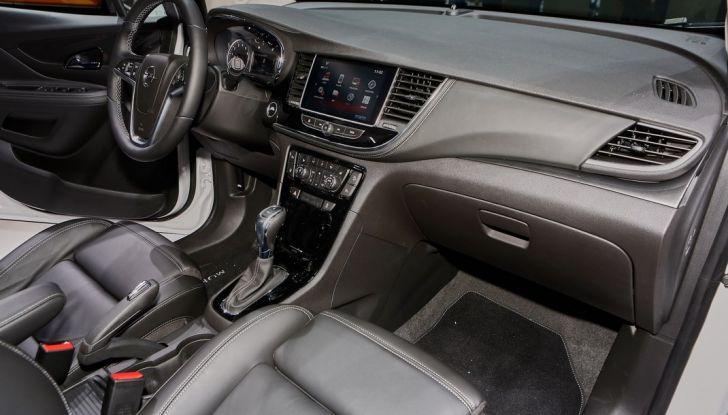 Opel Mokka X debutta con nuovo motore 1.4 a Ginevra - Foto 15 di 16