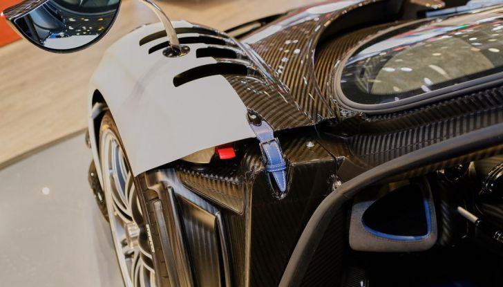 Pagani Huayra BC, edizione limitata a 20 pezzi da 750 CV - Foto 11 di 21