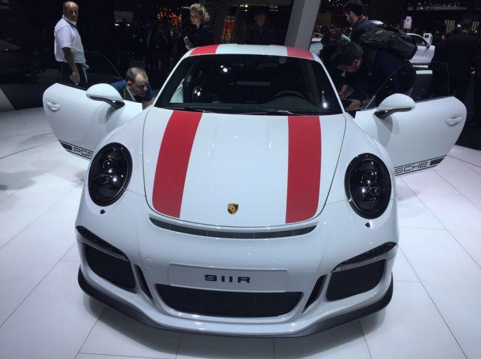 Nuova Porsche 911 R