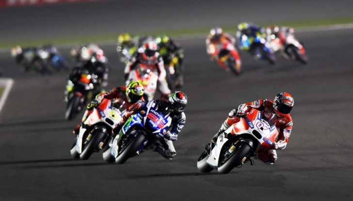 """Valentino Rossi, Test Qatar 2016: """"Siamo già pronti per la gara"""" - Foto 5 di 7"""