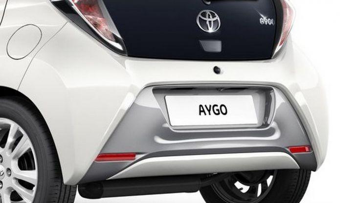 Toyota Aygo x-pure: la citycar per le donne - Foto 7 di 9
