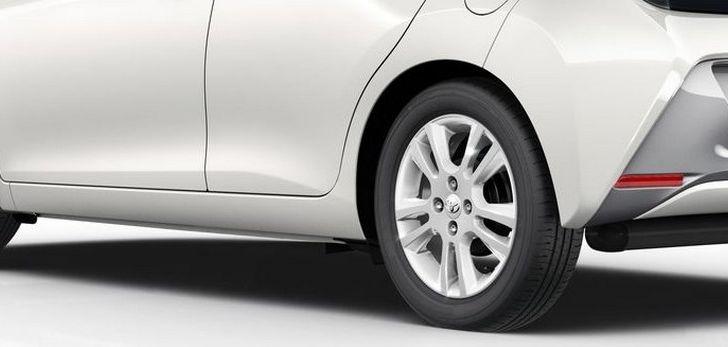 Toyota Aygo x-pure: la citycar per le donne - Foto 8 di 9