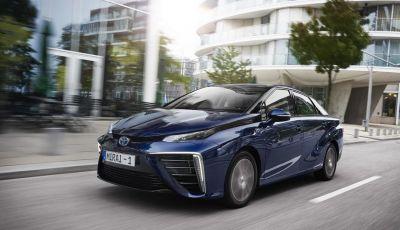 "Toyota Mirai è ""World Green Car"" 2016"