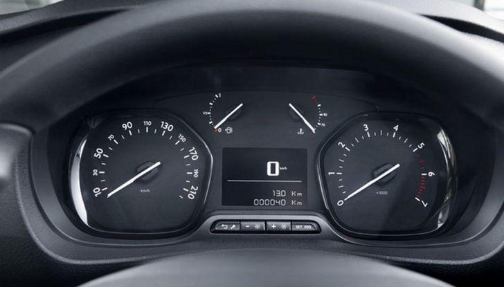 Toyota Proace City: il nuovo minivan debutta sul mercato - Foto 6 di 14