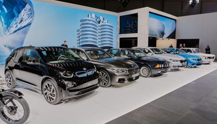 Nuova BMW M760Li xDrive - Foto 15 di 34