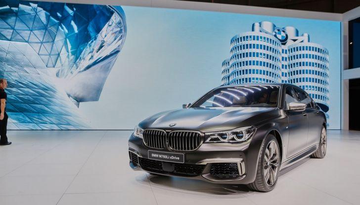 Nuova BMW M760Li xDrive - Foto 7 di 34