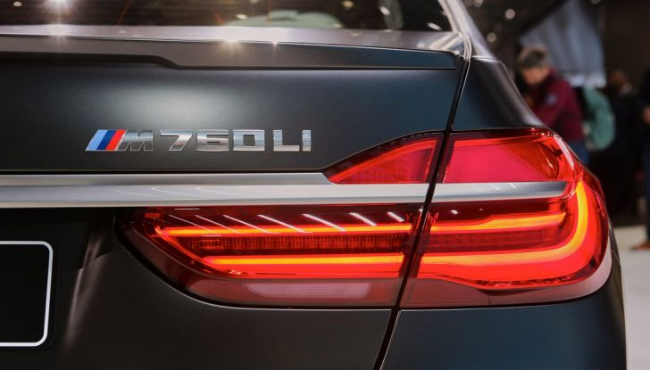 Nuova BMW M760Li xDrive - Foto 19 di 34