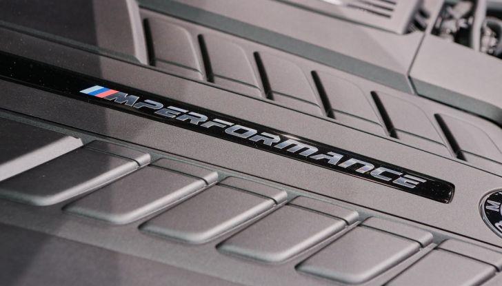 Nuova BMW M760Li xDrive - Foto 26 di 34