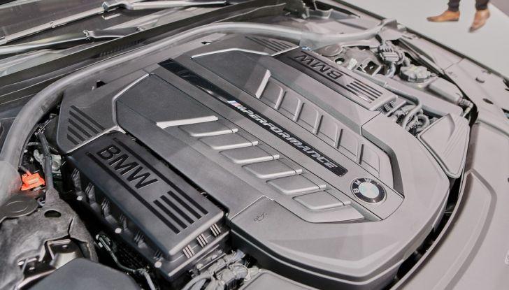 Nuova BMW M760Li xDrive - Foto 27 di 34