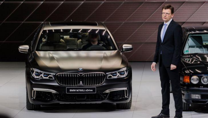 Nuova BMW M760Li xDrive - Foto 8 di 34
