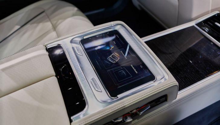 Nuova BMW M760Li xDrive - Foto 29 di 34