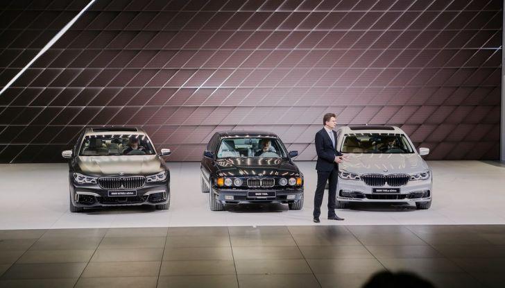 Nuova BMW M760Li xDrive - Foto 12 di 34
