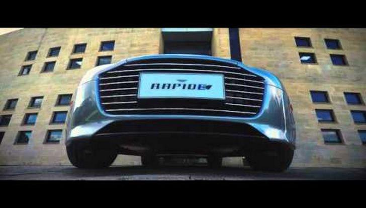 James Bond nel prossimo film di 007 guiderà una Aston Martin 100% elettrica - Foto 6 di 6