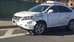 Google Car si scontra con un bus: ecco il video dell'incidente - Foto 8 di 8