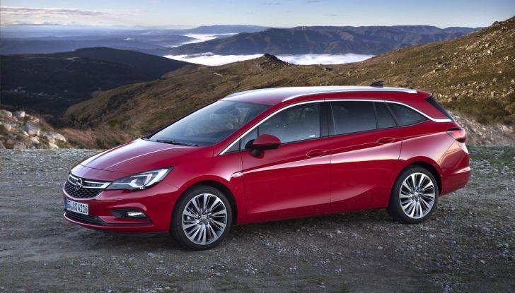 Nuova Opel Astra Sports Tourer prova su strada, informazioni e prezzi - Foto 21 di 40