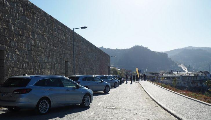 Nuova Opel Astra Sports Tourer prova su strada, informazioni e prezzi - Foto 11 di 40
